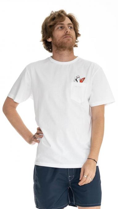 T-shirt dans la poche